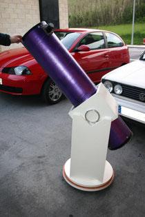 """Newton 200mm F6 construido por mi con optica """"Costas"""" con su montura Dobson"""