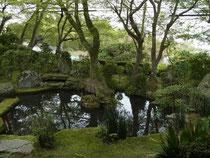 「慈光院」の庭