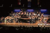 """Das Orchester der Musikschule """"Karol Szymanowski"""" aus Wroclaw in Polen gehörte zu den Mitwirkenden in der Erkelenzer Stadthalle. Foto: JÜRGEN LAASER"""