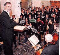 Chorleiter Helmut Misgaiski wird am Sonntag geehrt. FOTO:RP