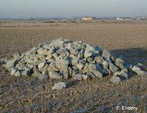 Steinhaufen am A-E-Flugplatz