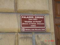 La sede: Palazzo Cirino - Via Fratelli Testa, 53 - Nicosia - Segnale turistico indicazione  dell'affresco di Natale Attanasio.