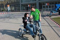 Probefahrt mit einem Dreirad