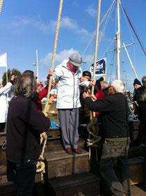 Les aînés à bord du Drakkar à Cherbourg!