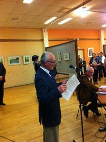 Jean Aussant, président des peintres du Mortainais, présentant la vie et l'oeuvre d'Eugène Boudin