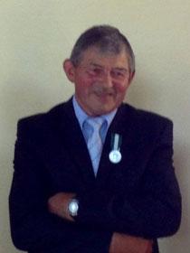 M.Guillard, maire de Subligny, Médaille d'argent régionale, départementale et communale