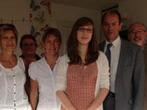 Le député G. Huet et les assistantes maternelles de la MAM le jour de l'inauguration, avec M.Laporte, maire de Ducey (photo prise par mes soins!)