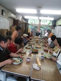 礼拝後の愛餐