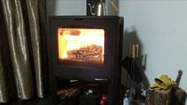 ストーブの火