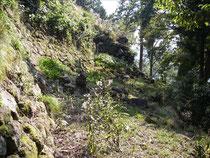 八木城本丸の石垣