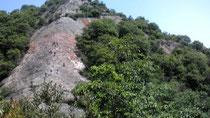 紅山の岩尾根