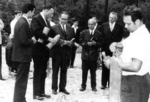 (u.a.) Bruder Günther Heyde, Rolf Damman u. Werner Schubert bei der Grundsteinlegung