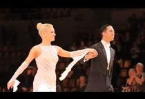 地元デンマークのファンの前でアマチュア最後のオナーダンスを披露 動画