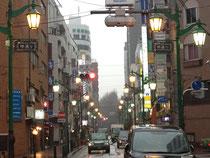 街路灯、看板照明