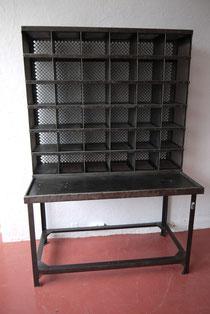 tri postal atelier vintage mobilier industriel lyon. Black Bedroom Furniture Sets. Home Design Ideas