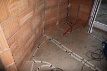 Elektro und Sanitär Rohinstallation