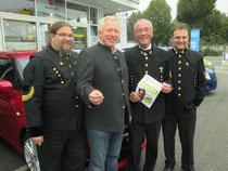 Foto v.l.n.r.: GR. Mag. Klaus Bergmaier, Firmenchef Jürgen Auer, Abg.z.NR Ewald Sacher, GR Werner Stöberl. Foto: zVg