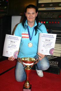 Die Weltmeisterin im Dart, Alexandra Engelhart. Foto: WaPA