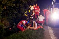 Die Verletzten wurden erstversorgt. Bild: FF Krems