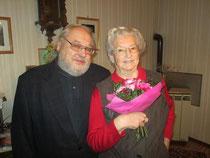 GR Alfred Friedl mit der Jubilarin Anna Blaim. Foto: zVg