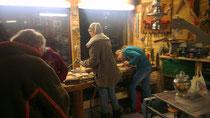 Auch unsere jüngsten Mitglieder arbeiten an Teilen des Olifanten