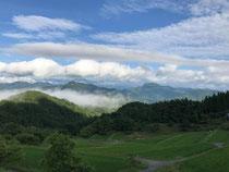 美しい山々が連なる『大岡』