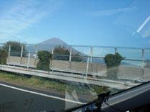 車中からでも何度も見える富士山