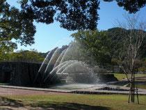 公園の噴水にも財政の豊かさが判る