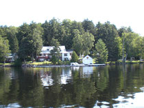 Old Mirror Lodge, nur mit dem Boot zu erreichen!