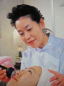 EMDAデタントハウス学院理事長  デタント幸子
