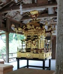 高並神社のお神輿ですよ