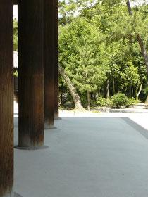 エンタシス様式の柱