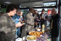 De gauche à droite: Mme Christine Boutin, Mr Baba Labass coordinateur d'AM à Mopti, Mr Ismaëla Wane, Mr Jacques Peguet