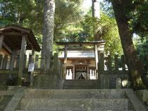 高次八幡神社