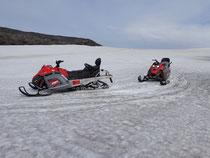 Motoneige en Islande