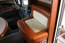 Sedili cellula Laika motorhome rifatti in ecopelle. By ballabioiltappezziere.com