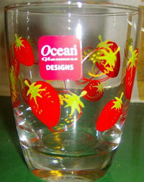 Nana i bicchieri con le fragole