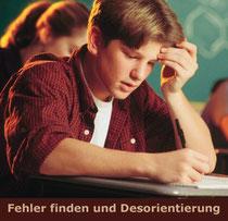 Symbolbild: Junge im Unterricht