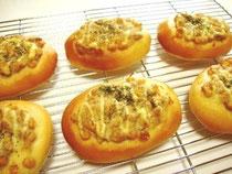 ツナマヨで総菜パン