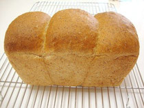 胚芽を加えた食パン