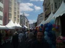Fuggerstraße beim Aufbau.