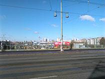 Blick vom S-Bahnhof Warschauer Straße Richtung Alex.