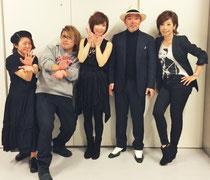素晴らしい演奏を聞かせて下さったバンドの皆さん。左からベースかわいしのぶさん、ピアノ伊賀拓郎さん、裕さん、バイオリン古澤巌さん、キーボード寺田志保さん