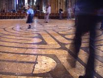 Das Labyrinth von Chartres. Quelle: Wikipedia/Daderot