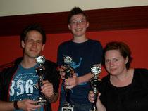Platz 2: Sven Batoschewitz, Sieger: Melvin-Jay Müller und Platz 3: Mandy Müller