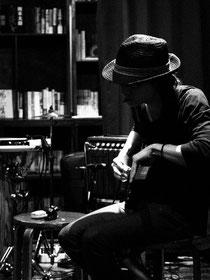 Kei Takasugi:guitar, fx