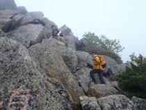甲斐駒ヶ岳山頂までの近道・直登ファイト一発