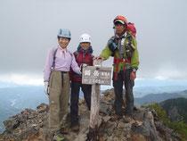 鋸岳(第一高点)山頂2685m。