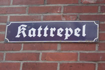 19 Straßenschild in Greetsiel/Street sign in Greetsiel