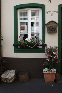 5 Dekoriertes Fenster/Decorated window